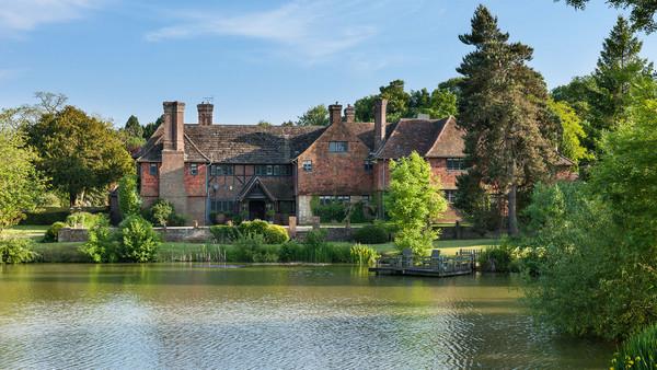 两千万人民币买英国庄园图片