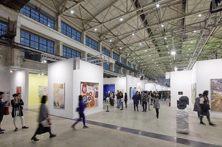 """西岸艺博会:中国艺术市场""""狼来了""""?"""