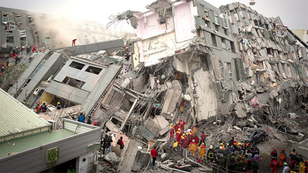 台湾高雄凌晨发生6.4级地震